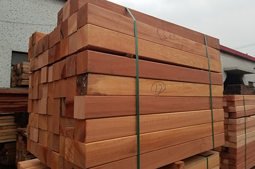防腐木定制的木屋有何优点