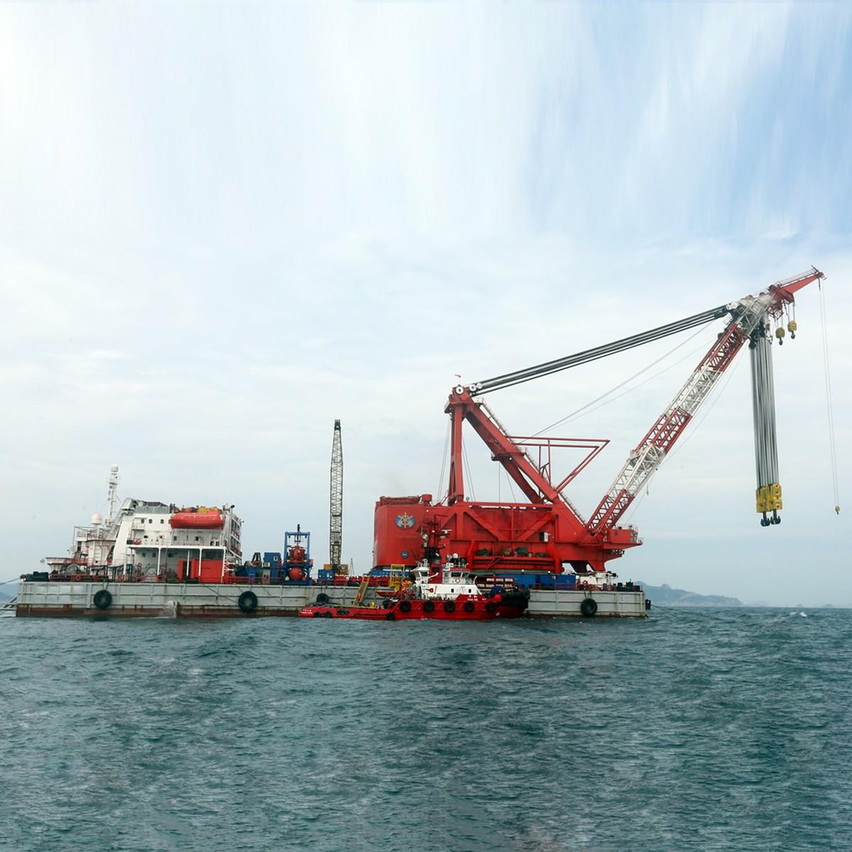 工程船黄河浮桥航运