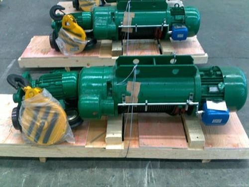 Two speed electric hoist