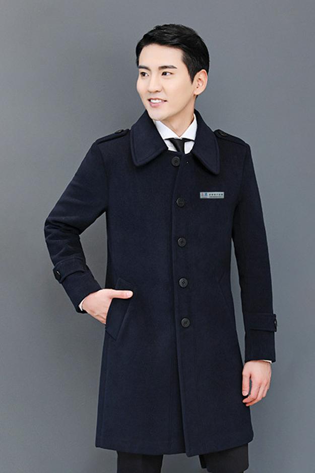bv1946伟德手机版大衣