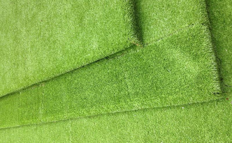 人造草坪中减震垫层有什么作用呢