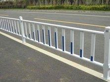 交通道路护栏生锈腐蚀处理步骤