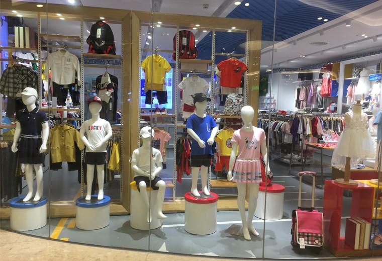 童装服饰展示柜