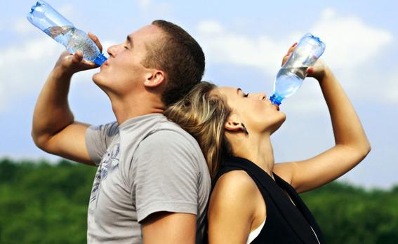你知道不喝水会对身体产生哪些危害吗?