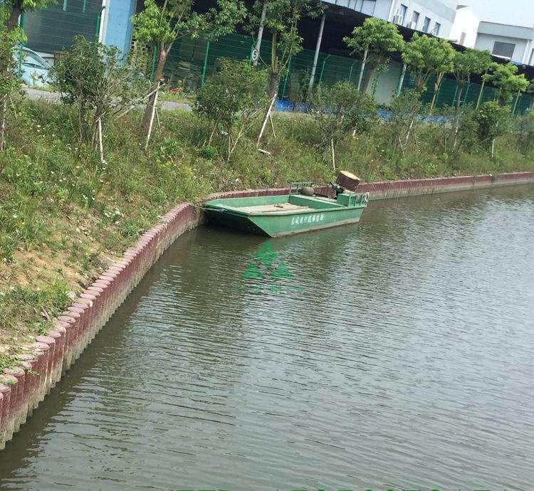 上海仿杉木水泥桩