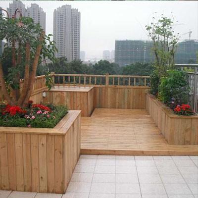 青海防腐木花架的固定悬浮铺设法