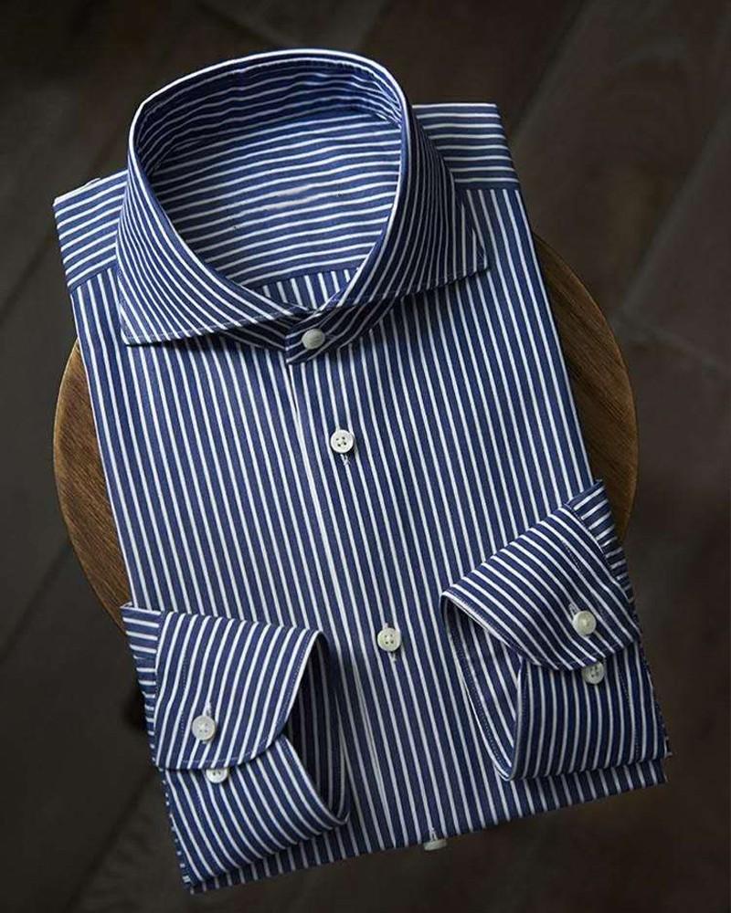 蓝白条衬衫