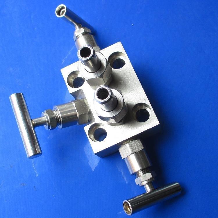 SF-3型一体化三阀组厂家告诉你一体化三阀组的组成及其注意事项