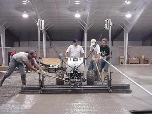激光整平机浇筑地坪