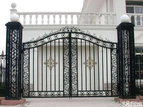 白钢铁艺-大门