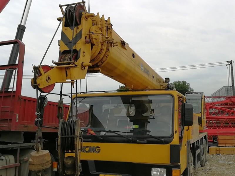 徐工QY20小型吊车