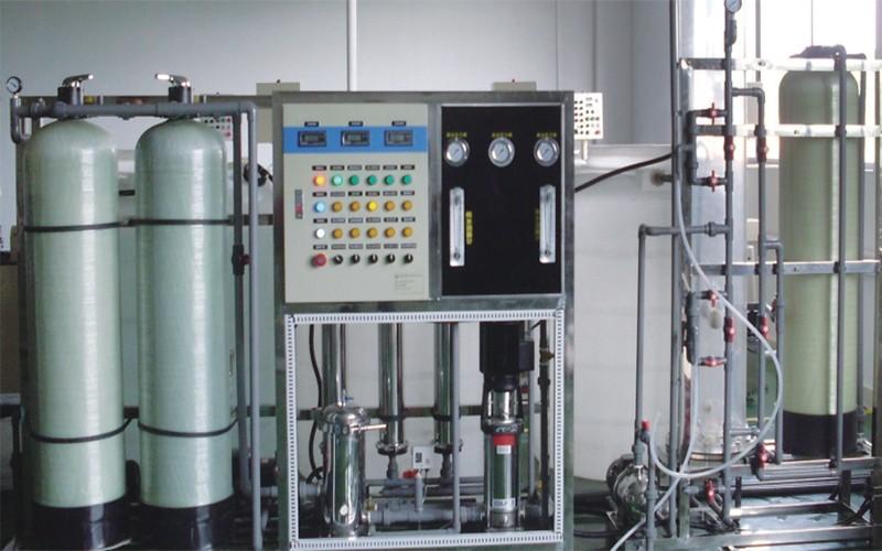 电脑程控钠离子交换器