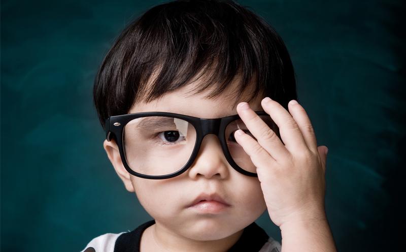 是什么原因导致近视,以及您可以采取什么措施来减慢近视