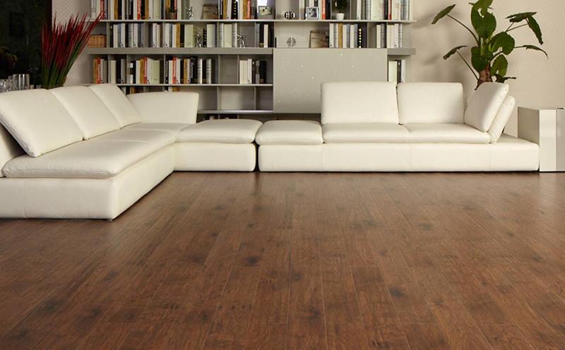安装地暖的地板面皮越厚越好吗?