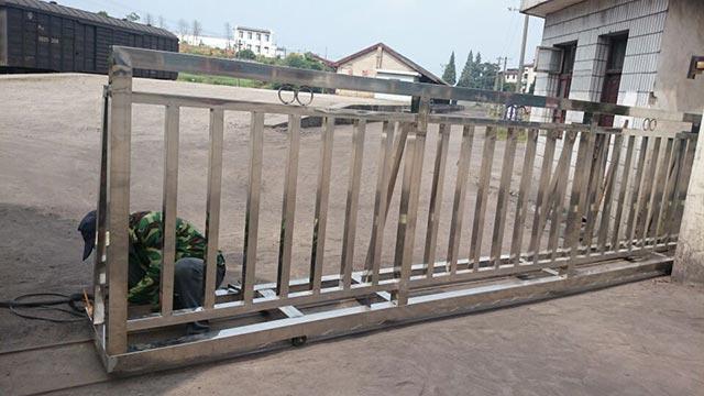歙县货运站-不锈钢自动平开门