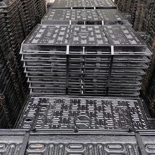 球墨铸铁井盖厂家生产的井盖符合环保要求使用寿命才能长久
