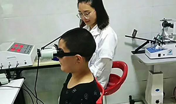 袁X毅小朋友开心体验