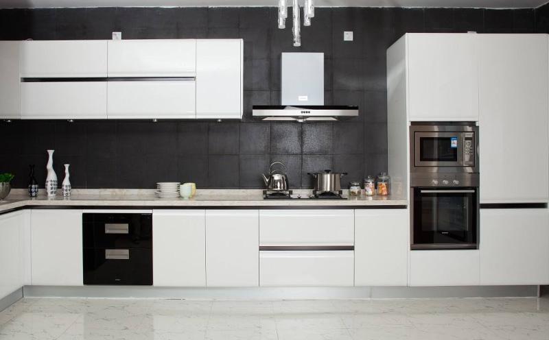 全铝橱柜与不锈钢橱柜对比,哪家好