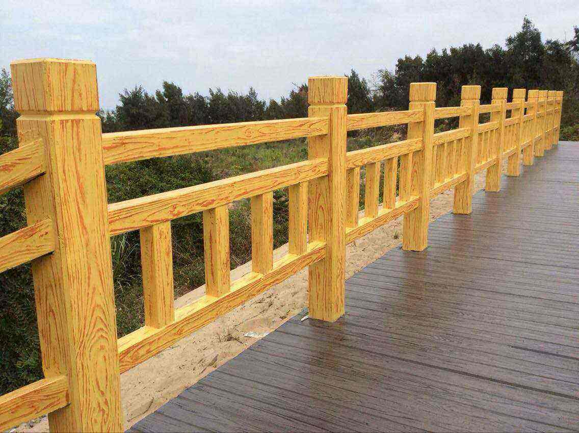 仿木栏杆厂家告诉你水泥仿木栏杆施工注意点