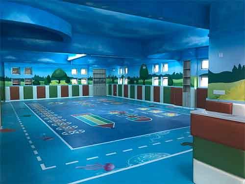 私立幼儿园采用哪些幼儿园地板好一些?