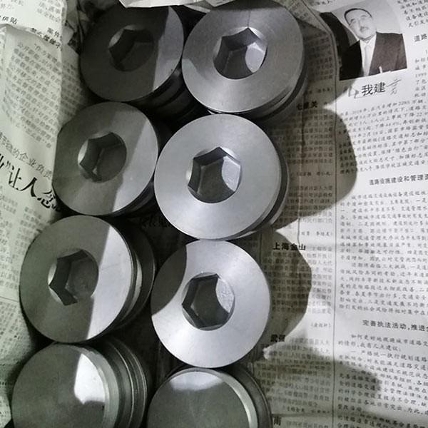 电镀加工要使用到的设备简介