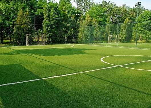 幼儿园人造草坪这么多的好处 您知道吗