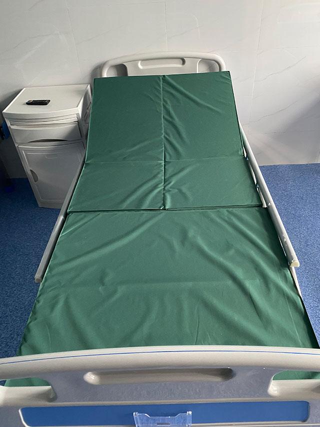养老院全护理寝室