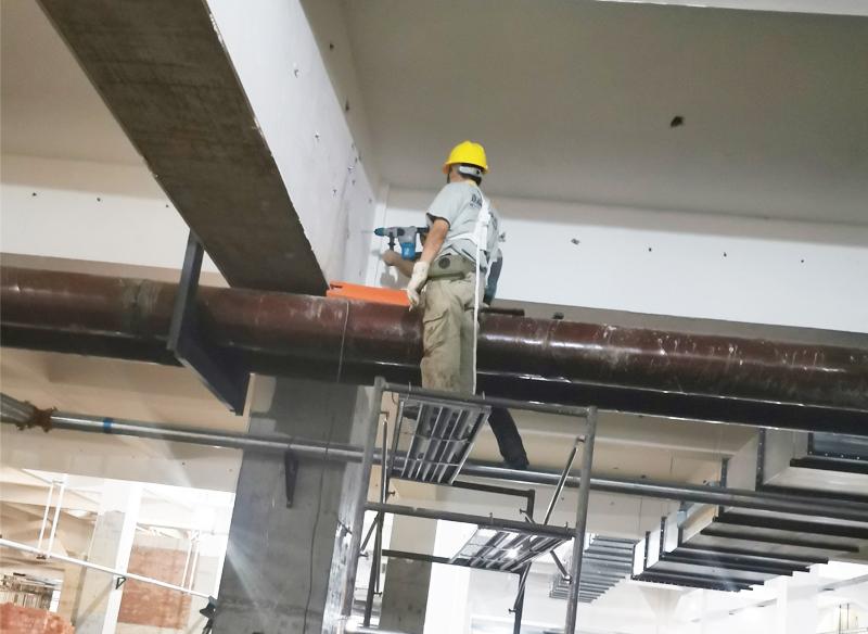 中央空调安装水管吊装