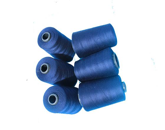 40-3小卷纯涤纶缝纫线