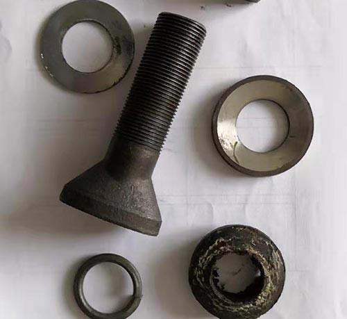 球磨机螺栓