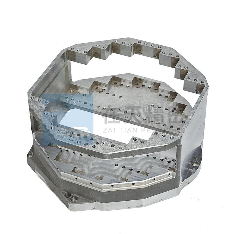 铸件盒体多面及深腔加工