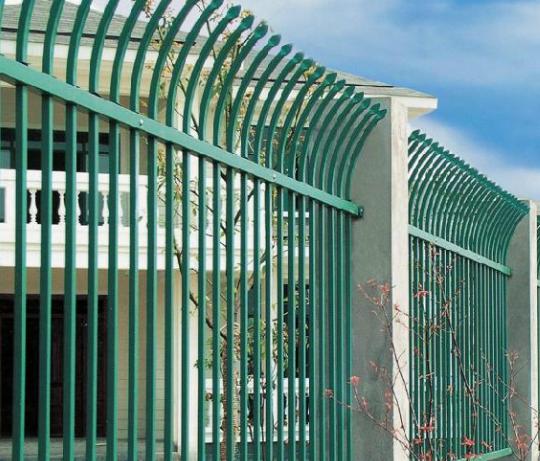 学校锌钢围栏有哪些优势