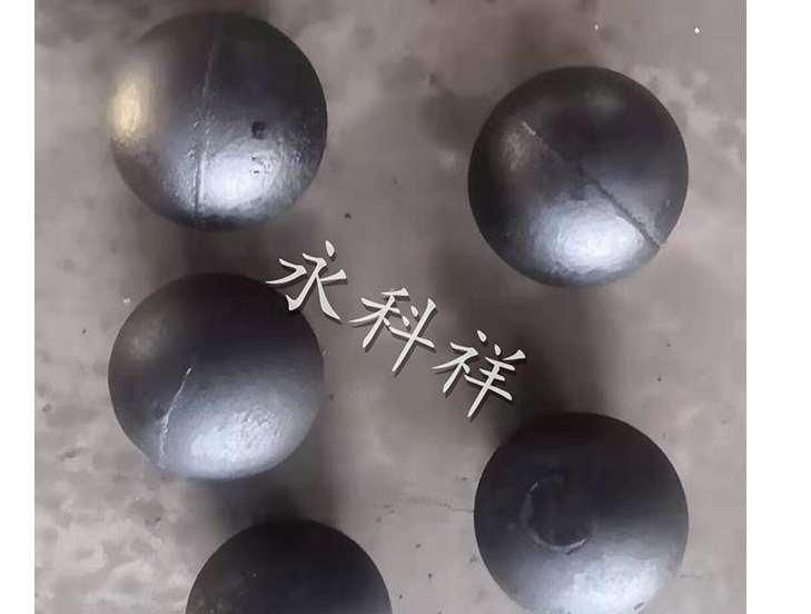 高铬球与低铬球使用情况分析