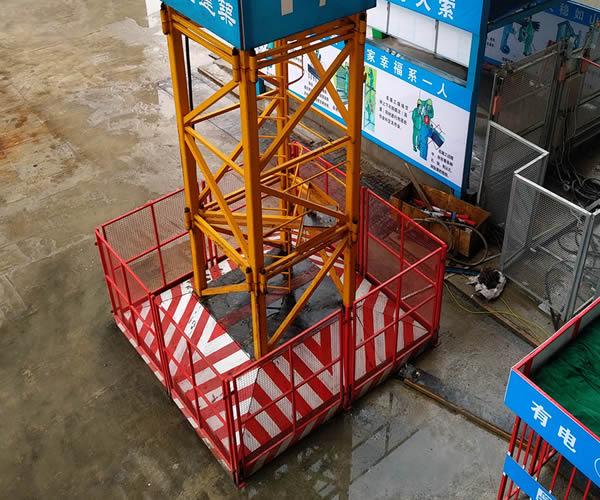塔吊防护栏的作用