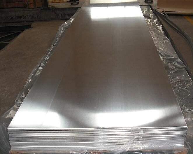 铝板表面出现的瑕疵原因有哪些呢?