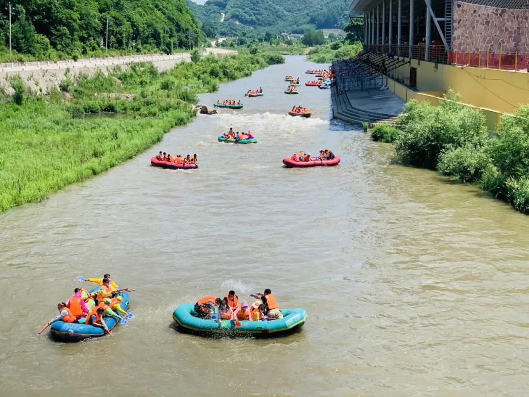 """清远红河峡谷漂流景区""""水与凉""""旅游景区活动正式启动"""