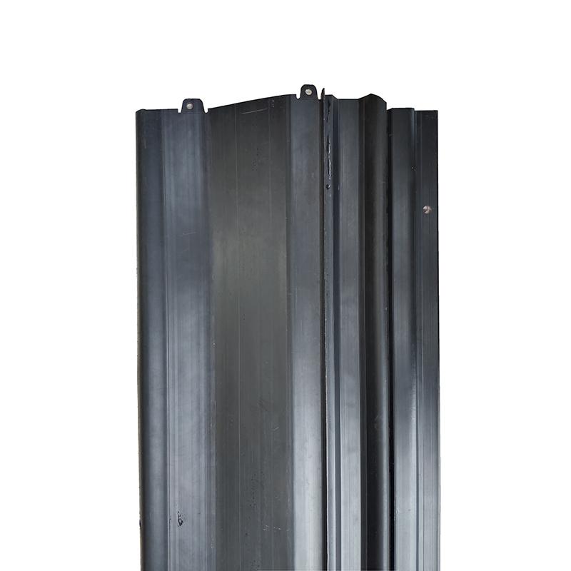 自由光水箱下护板(大)工厂