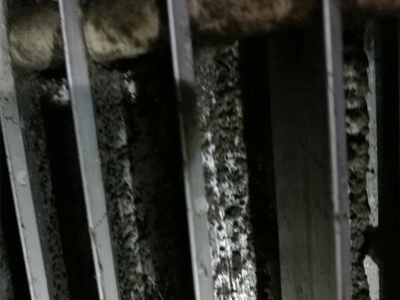 空调风柜过滤段清洗