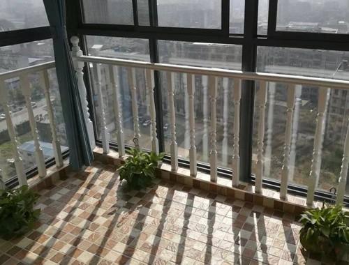 窗戶防護欄桿