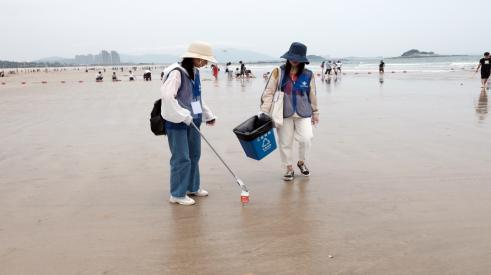 亮丽风景线——中凯检测百名员工开展环保公益活动