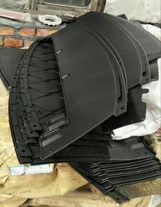专业厂家告诉你自由光水箱下护板采用点焊机使用的特点