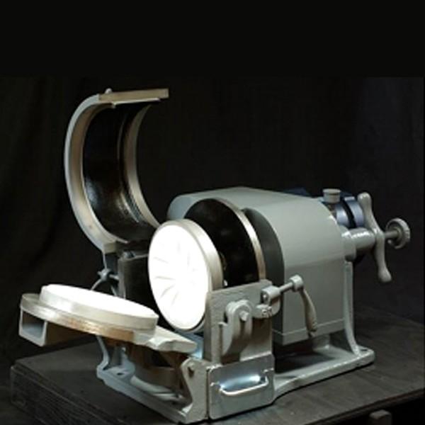 盘式研磨机