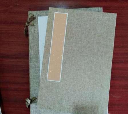 怎样进行简单的卡纸册页定制