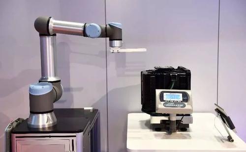 优傲机器人公司的产品都是自主研发的吗