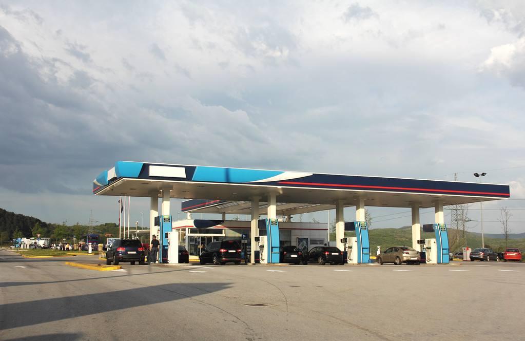 在恶劣的自然环境中如何确保加油站正常运转