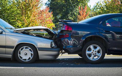 当遇到汽车追尾事故时,汽车追尾理赔流程