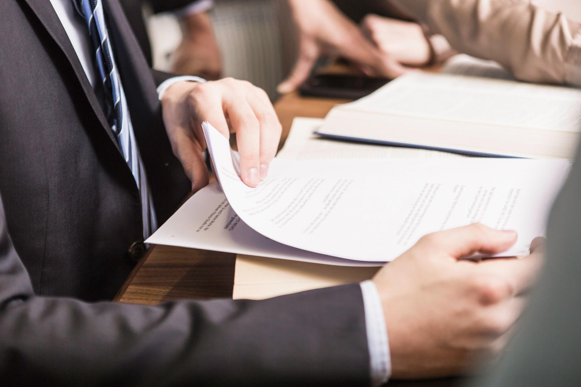 注册深圳集团公司所需资料和条件