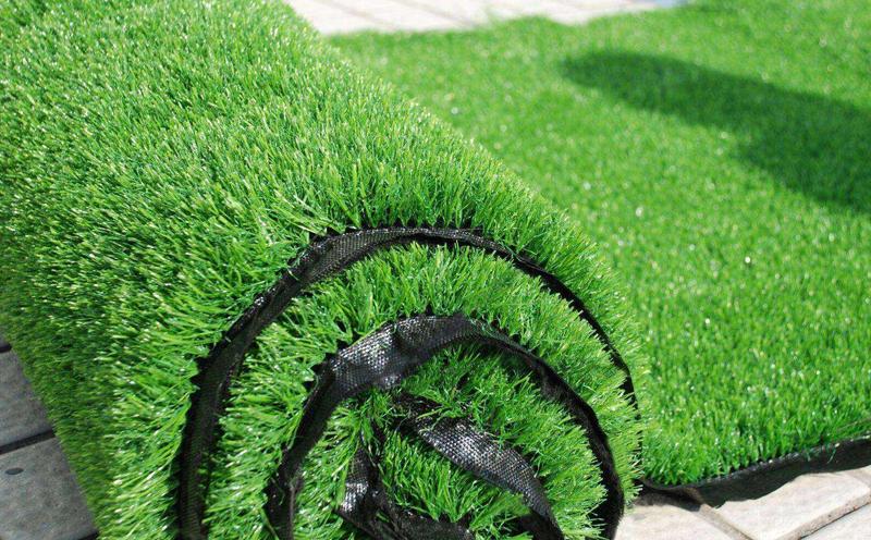 人造草坪不同草毛形状有哪些不同