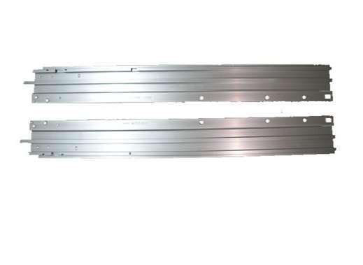 天窗导轨的安装要仔细及安装工具要合适