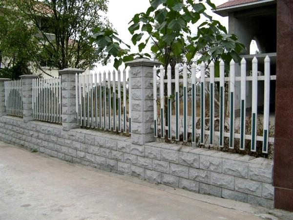 优质的小区护栏应具备哪些特点